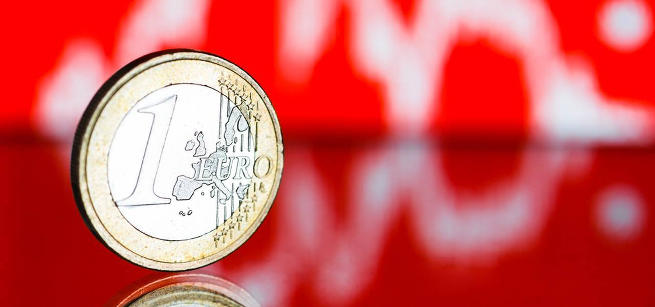 ​EUR/USD falls to the lowest levels since 2017