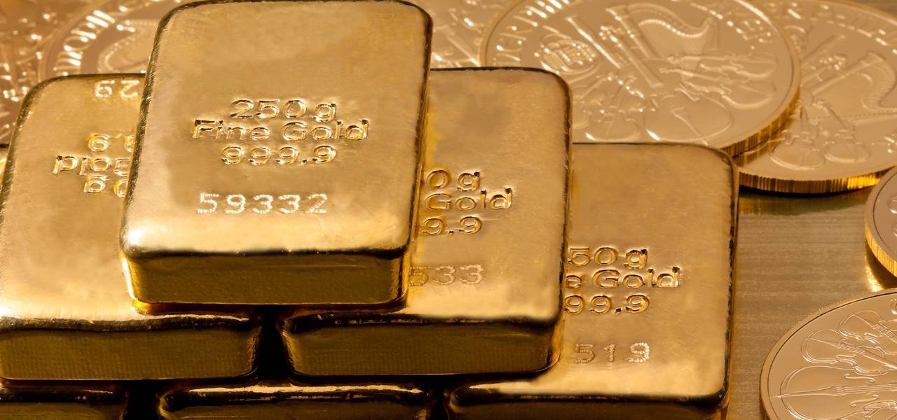 GOLD: price consolidating along 'Window'